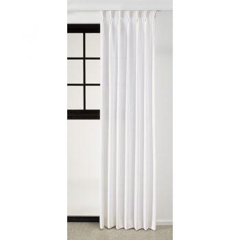 Gordijnstof off-white met een zijdeachtige glans. Sterk en van een natuurlijk materiaal. 140 cm breed.