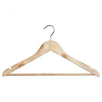 Set van 5 naturel houten kledinghangers. 45x23 cm (bxh).