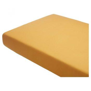 Hoeslaken van katoen in de kleur oker. 1-persoons. 80x200 cm (bxl).